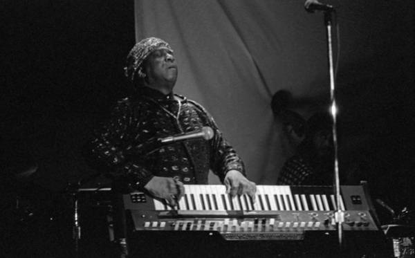 Photograph - Sun Ra Plays 2 by Lee Santa