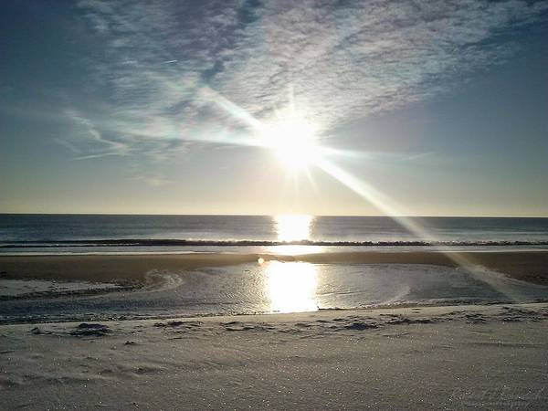Photograph - Sun Reflecting Off Ice And Ocean by Robert Banach