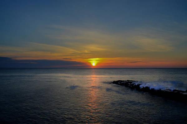 Jetti Wall Art - Photograph - Sunrise At Avalon New Jersey by Bill Cannon