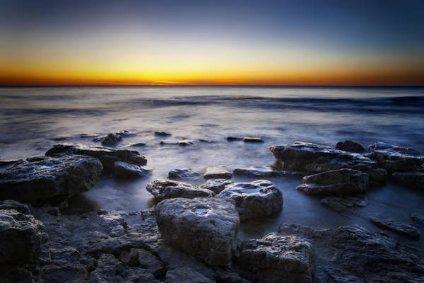 Wisconsin Wall Art - Photograph - Sunrise At Cave Point by Scott Norris