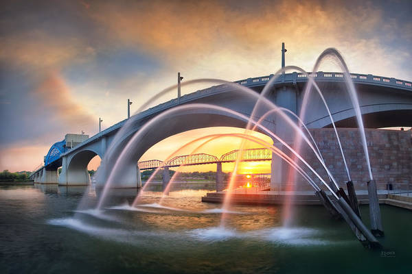Photograph - Sunrise At John Ross Landing Fountain by Steven Llorca