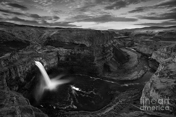 Wall Art - Photograph - Sunrise At Palouse Falls by Keith Kapple