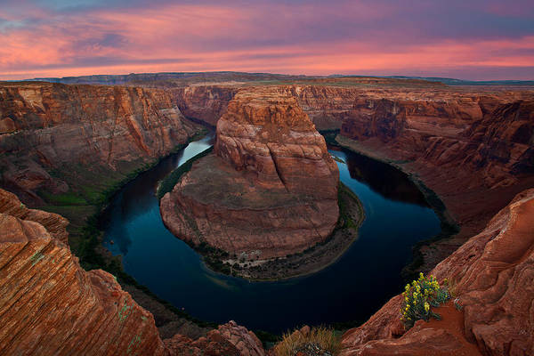 Wall Art - Photograph - Sunrise At The Bend by Guy Schmickle
