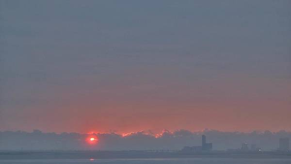Photograph - Sunrise Over Atlantic City2 by Emery Graham