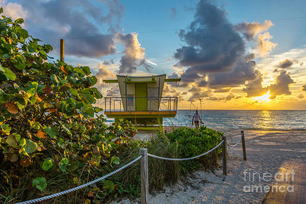 Lifeguard Digital Art - Sunrise Workout Return - Lifeguard Station - Miami Beach by Ian Monk