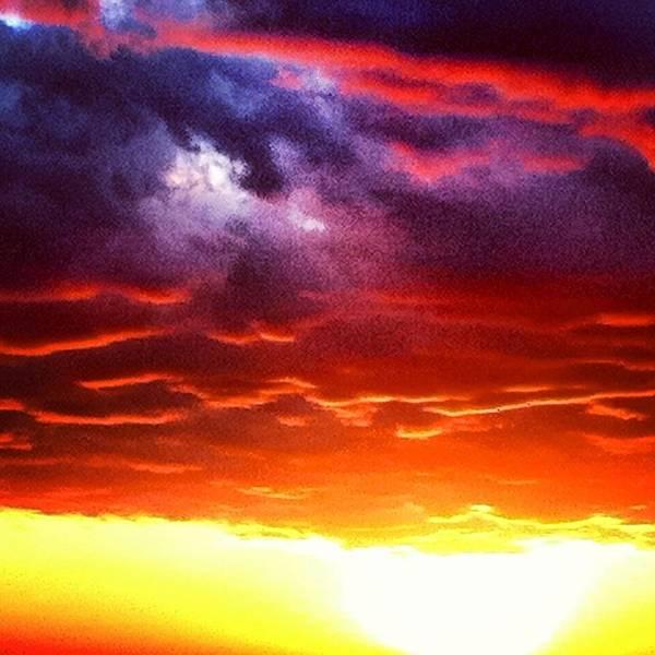 Wall Art - Photograph - Suns Airbrush by Jake Harral