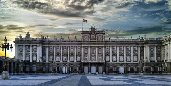 Photograph - Sunset At Royal Palace by Pedro Fernandez