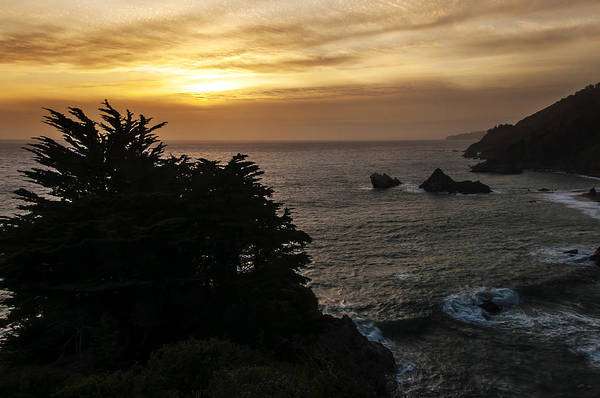 Photograph - Sunset From Julia Pfeiffer Burns State Park by Lee Kirchhevel
