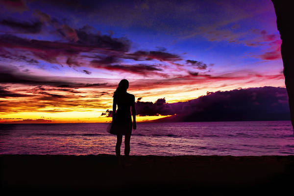 Photograph - Sunset Maui Style by Bill Dodsworth