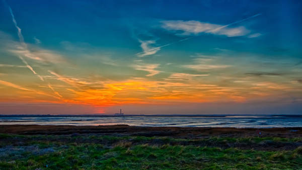 Medway Wall Art - Photograph - Sunset Over Kingsnorth by Nigel Jones