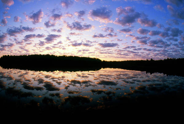 Cloud Type Wall Art - Photograph - Sunset Over Lake With Broken Stratus Clouds by Pekka Parviainen/science Photo Library