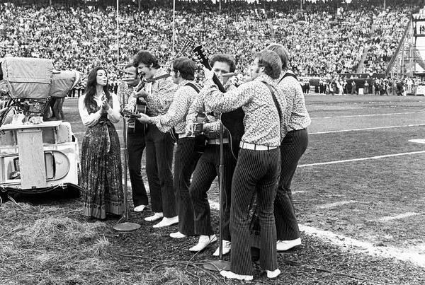 Photograph - Super Bowl Iv Entertainment by Underwood Archives