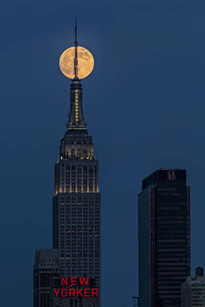 Photograph - Super Moon In An Empire State Of Mind by Susan Candelario