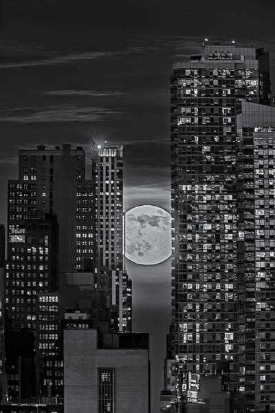 Photograph - Super Moon Rises Over The Big Apple Bw by Susan Candelario