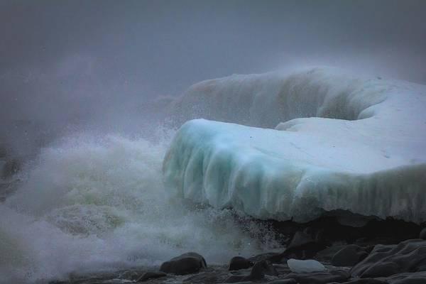 Lake Superior Photograph - Surging Sea by Mary Amerman