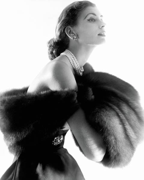 Young Woman Photograph - Suzy Parker by Horst P. Horst
