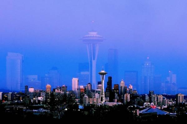 Wall Art - Photograph - Sweet Seattle Evening by Benjamin Yeager