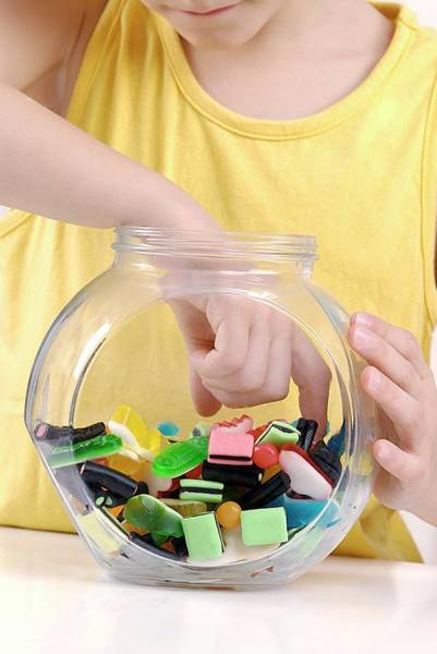 Sweeties Photograph - Sweetie Jar by Lea Paterson/science Photo Library