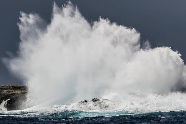 Wall Art - Photograph - Swell Induced Wave Crashing On The Kona by Thomas Kline