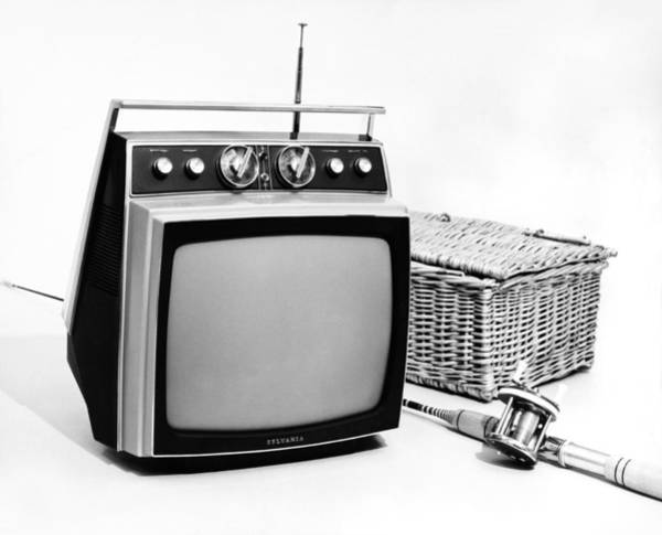 Picnic Basket Wall Art - Photograph - Sylvania Portable Tv by Underwood Archives