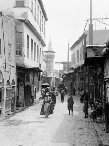 Wall Art - Photograph - Syria Damascus, C1930 by Granger