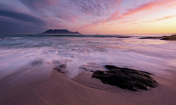 Table Mountain Wall Art - Photograph - Table Mountain, Streaky Dusk by Paul Bruins Photography