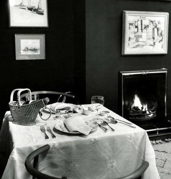 Plate Photograph - Table Setting In Mr. And Mrs. Lewis Lapham's Home by Frances McLaughlin-Gill