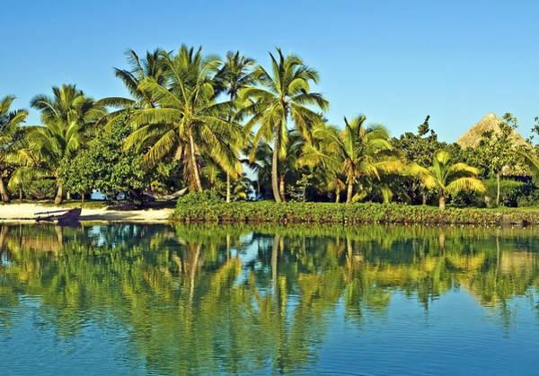 Tahitian Lagoon Art Print