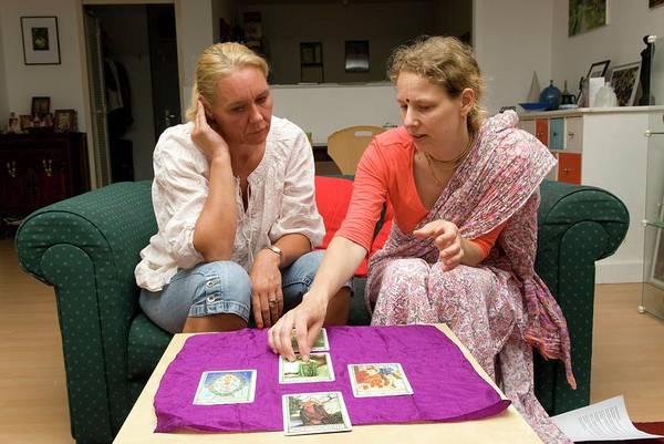 Laying Out Photograph - Tarot Reading by Henny Allis/science Photo Library