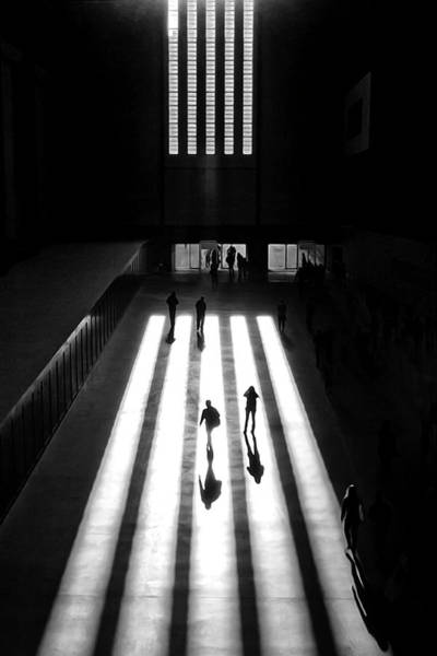 Light Photograph - Tate by