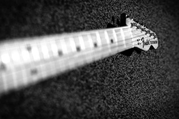 Wall Art - Photograph - Telecaster by Mark Rogan