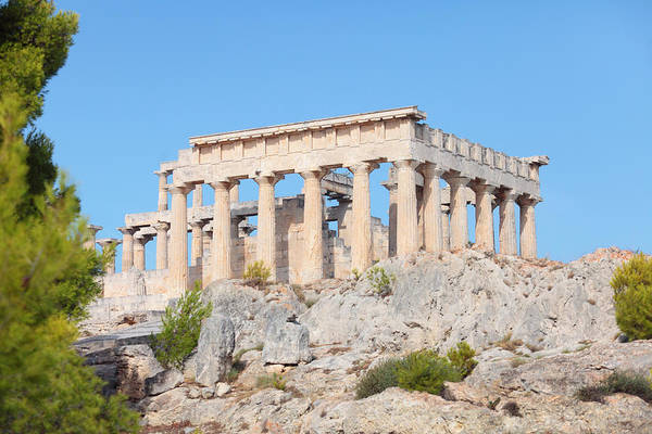 Photograph - Temple Of Aphaia On Aegina by Paul Cowan