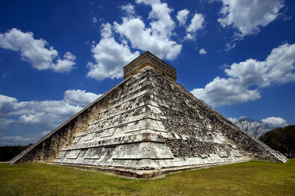 Kukulcan Photograph - Temple Of Chichen Itza by Luca Mason