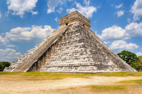 Kukulcan Photograph - Temple Of Kukulkan At Chichen Itza by Mark E Tisdale