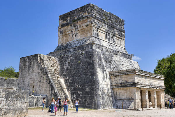 Photograph - Temple Of The Jaguars At Chichen Itza by Mark E Tisdale