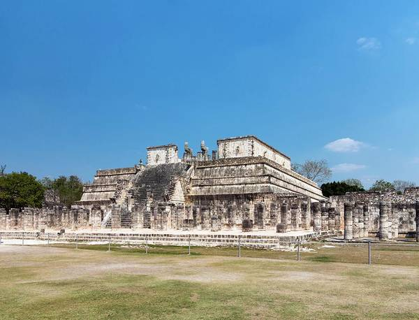 Mesoamerican Photograph - Temple Of The Warriors by Daniel Sambraus