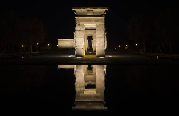 Wall Art - Photograph - Templo De Debod II by Pablo Lopez