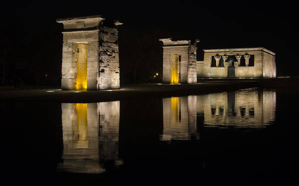 Wall Art - Photograph - Templo De Debod by Pablo Lopez