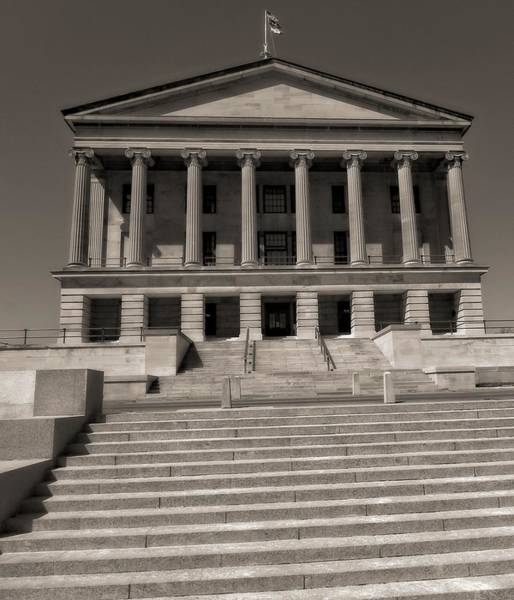 Photograph - Tennessee Capitol Building by Dan Sproul