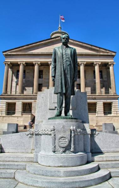Photograph - Tennessee Capitol by Dan Sproul