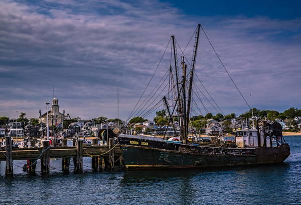 Provincetown Harbor Photograph - Terra Nova Fishing Trolley by Susan Candelario