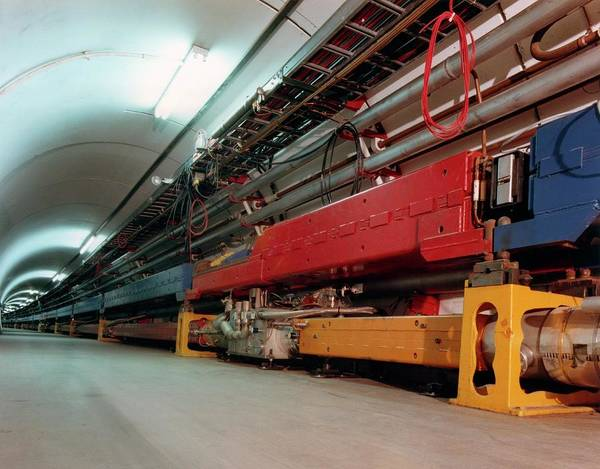 Particle Accelerator Wall Art - Photograph - Tevatron Particle Collider At Fermilab by Fermilab/science Photo Library