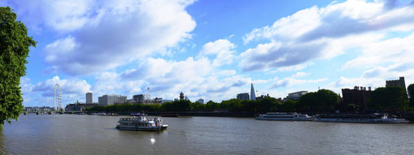 Photograph - Thames In August by Richard Henne