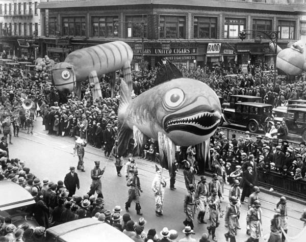 1929 Photograph - Thanksgiving Day Parade by Underwood Archives