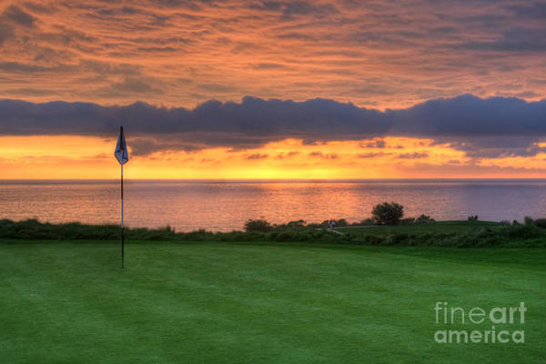 Photograph - The 18th Green by Eddie Yerkish