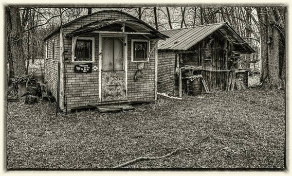 Wall Art - Photograph - The Bear Pen by Thomas Young