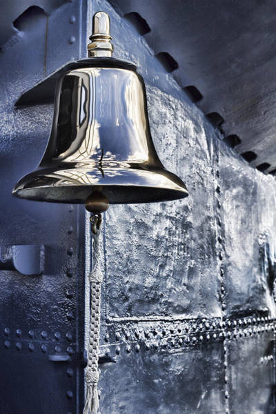 Uss Bowfin Photograph - The Bell-uss Bowfin Pearl Harbor by Douglas Barnard