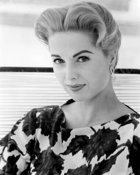 Wall Art - Photograph - The Best Of Everything, Martha Hyer by Everett