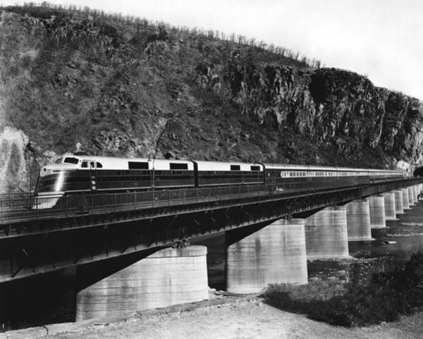 Trestle Photograph - The B&o Capitol Limited Train by Underwood Archives