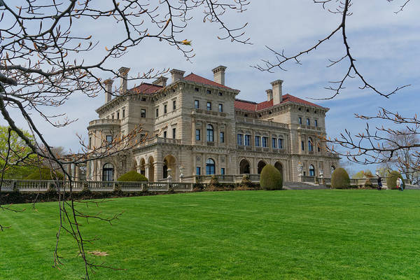 Photograph - The Breakers Mansion At Newport by William Jobes